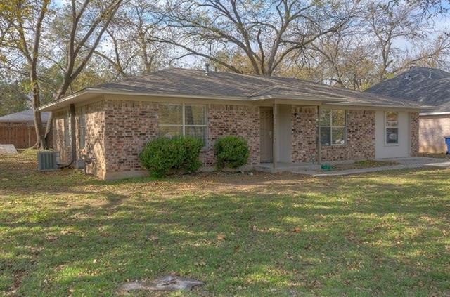 Rental Homes for Rent, ListingId:36387351, location: 501 N Main Street Aubrey 76227