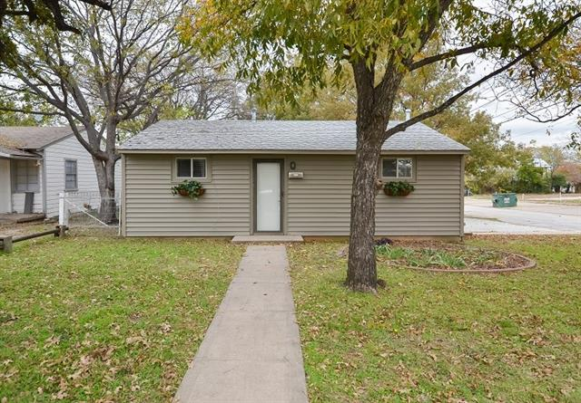 Rental Homes for Rent, ListingId:36387471, location: 402 W Highland Street Denton 76201
