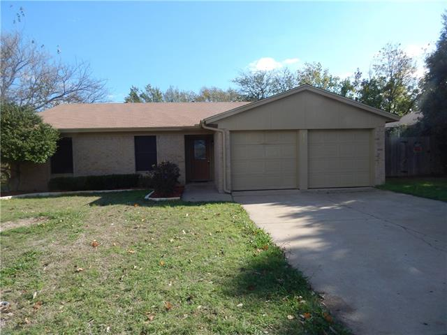 Rental Homes for Rent, ListingId:36366502, location: 220 Matthew Drive Crowley 76036