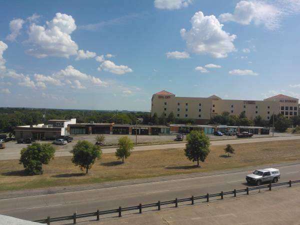 Commercial Property for Sale, ListingId:36401633, location: 5519 W Rosedale Ft Worth 76107