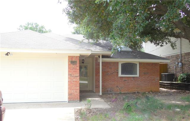 Rental Homes for Rent, ListingId:36428528, location: 5736 Sterling Green Trail Arlington 76017
