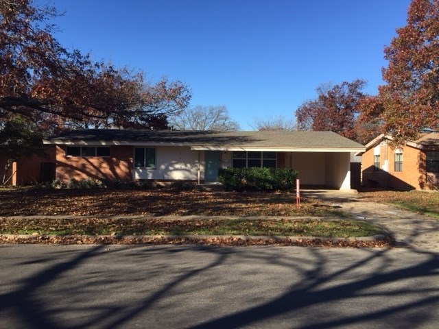 Rental Homes for Rent, ListingId:36602941, location: 8629 Rolling Rock Lane Dallas 75238