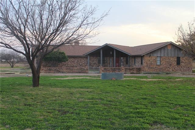 Photo of 8908 county road 103  Hamlin  TX