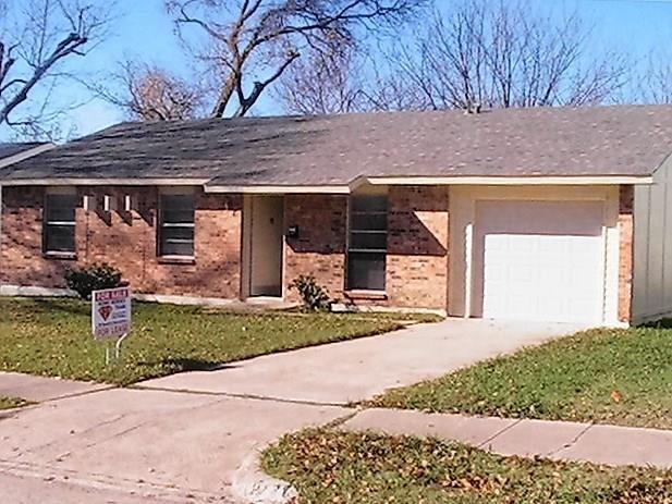 Rental Homes for Rent, ListingId:36614365, location: 221 Trailridge Drive Garland 75043