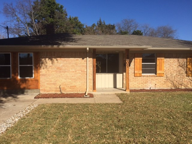Rental Homes for Rent, ListingId:36638155, location: 2607 Clearview Circle Dallas 75233