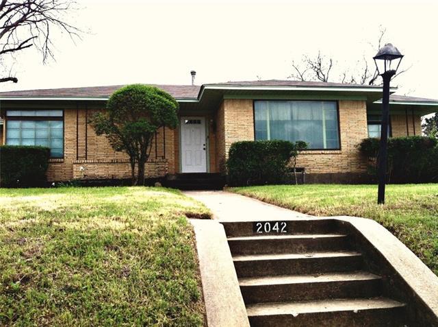 Rental Homes for Rent, ListingId:36819976, location: 2042 Van Cleave Drive Dallas 75216