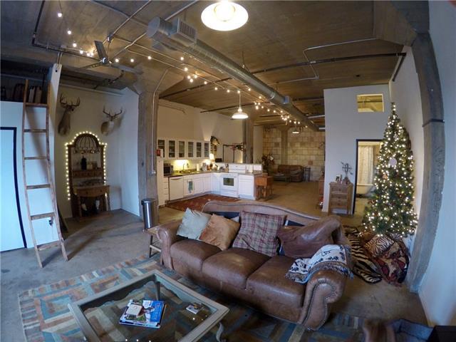 Rental Homes for Rent, ListingId:36756805, location: 201 S Calhoun Ft Worth 76104