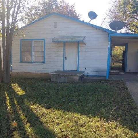 Photo of 724 E Walker Street  Denison  TX