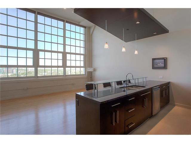 Rental Homes for Rent, ListingId:37095276, location: 2600 W 7th Street Ft Worth 76107