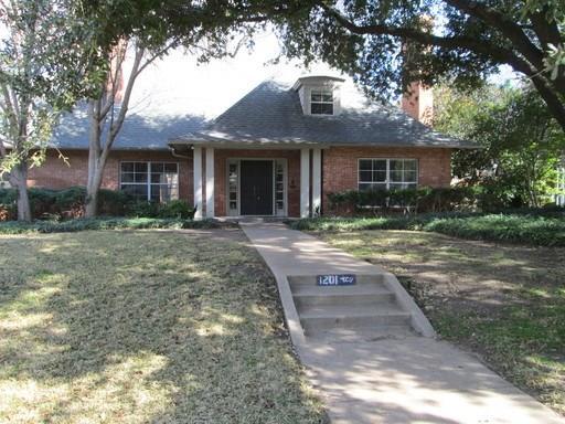 Rental Homes for Rent, ListingId:36818596, location: 1201 Thomas Place Ft Worth 76107