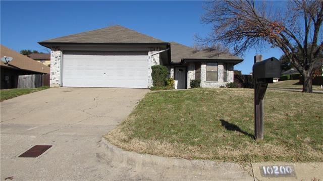 Rental Homes for Rent, ListingId:36815642, location: 10200 Pack Saddle Court Ft Worth 76108