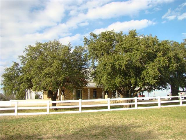 Photo of 908 County Road 174  Burkett  TX