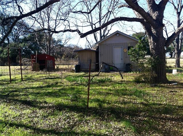 1108 W Cherokee Ave, Comanche, TX 76442