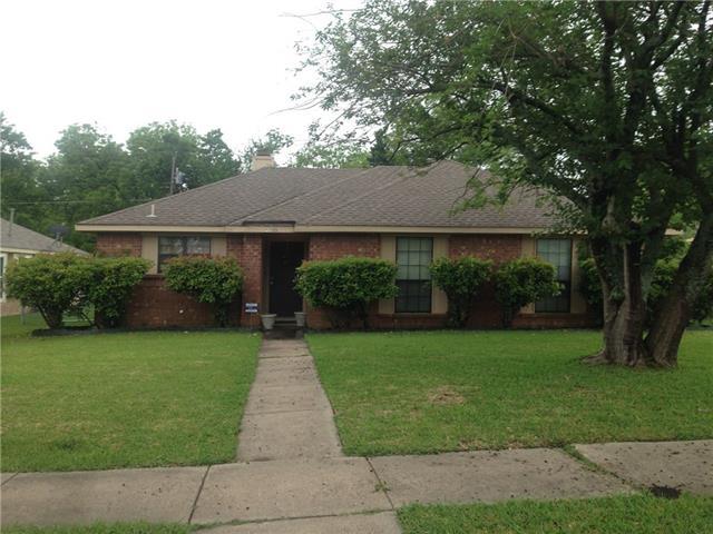 Rental Homes for Rent, ListingId:36844151, location: 2205 Rockbluff Drive Rowlett 75088