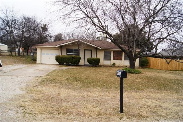 Rental Homes for Rent, ListingId:36851420, location: 707 Lakeside Drive Duncanville 75116
