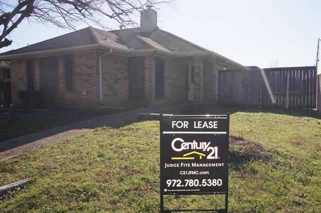 Rental Homes for Rent, ListingId:36878010, location: 4645 Club Estate Place Mesquite 75150