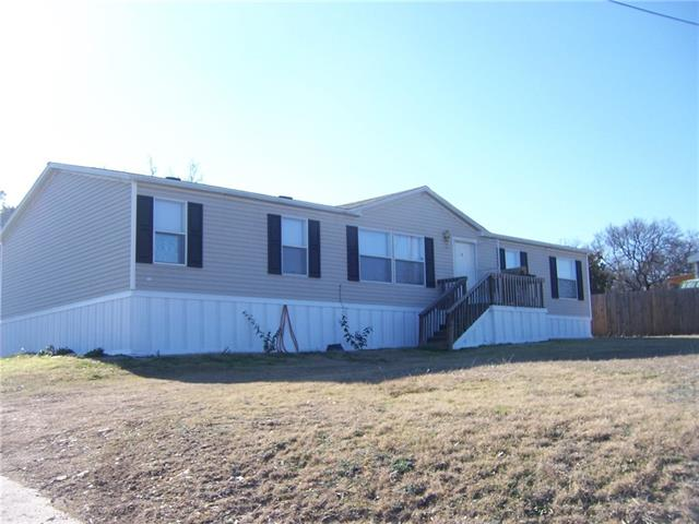 Rental Homes for Rent, ListingId:36887307, location: 2414 White Oak Trail Granbury 76048