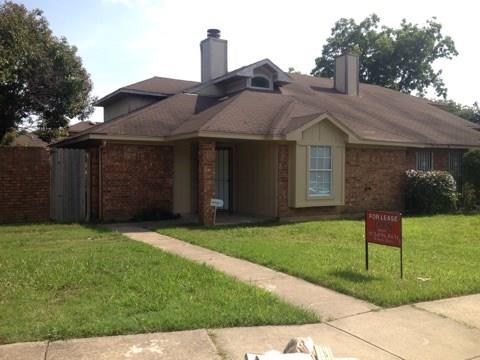 Rental Homes for Rent, ListingId:36902634, location: 10224 Oak Terrace Circle Dallas 75227