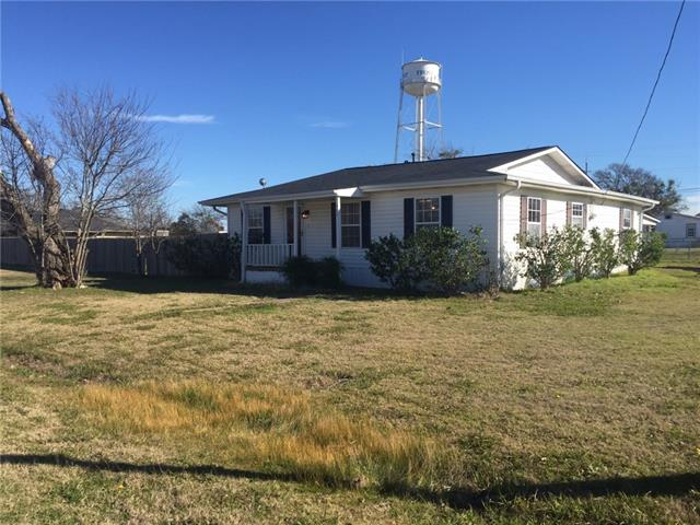 400 E Pace St, Frost, TX 76641