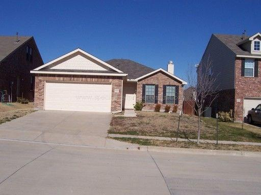 Rental Homes for Rent, ListingId:36992073, location: 10636 Vista Heights Boulevard Ft Worth 76108