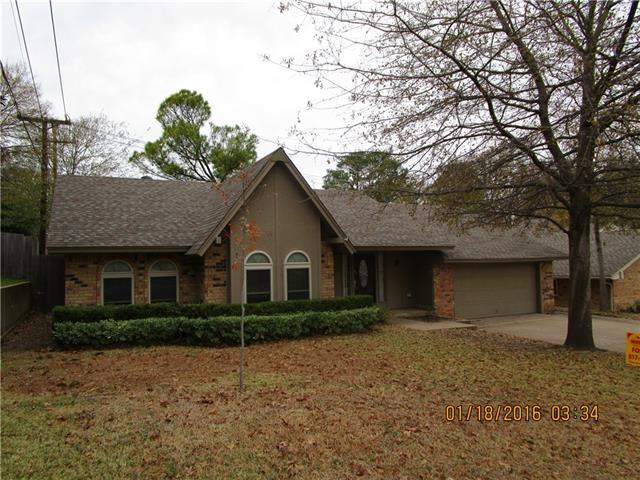 Rental Homes for Rent, ListingId:36945379, location: 804 Tanglewood Lane Arlington 76012