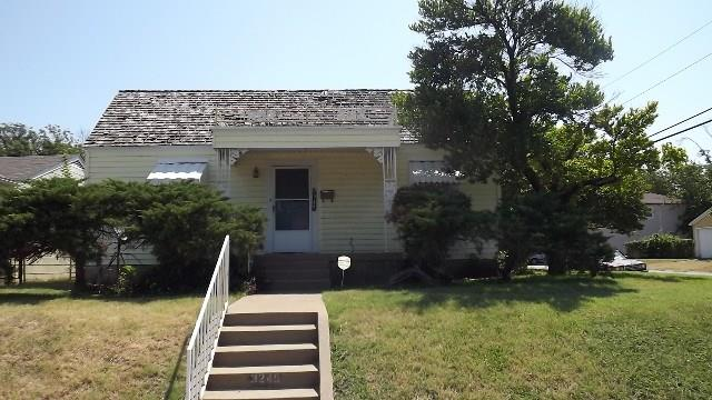 Rental Homes for Rent, ListingId:36954399, location: 3245 8th Avenue Ft Worth 76110