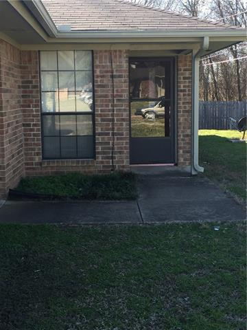 Rental Homes for Rent, ListingId:36991505, location: 403 Rockcrest Drive Cleburne 76033