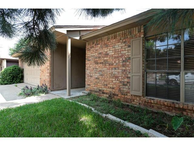 Rental Homes for Rent, ListingId:37007760, location: 2623 Treeview Drive Arlington 76016