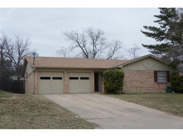 Rental Homes for Rent, ListingId:37038322, location: 1513 Trammell Drive Benbrook 76126