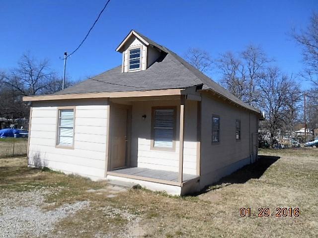 Photo of 308 E Plummer Street  Eastland  TX