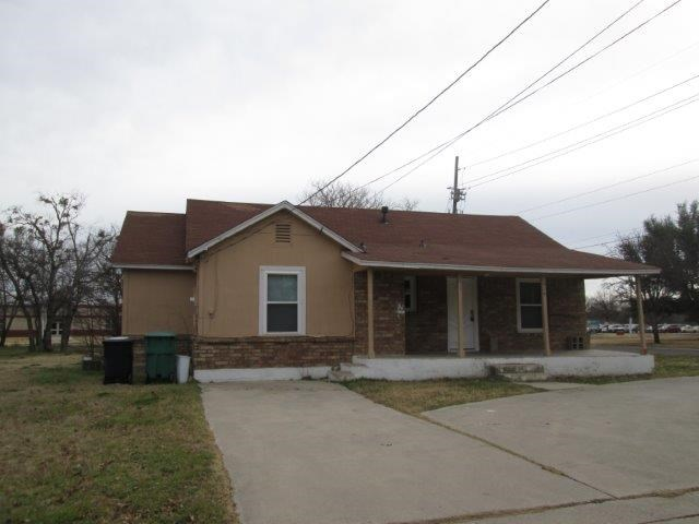 Rental Homes for Rent, ListingId:37098861, location: 629 S Ruddell Street Denton 76205