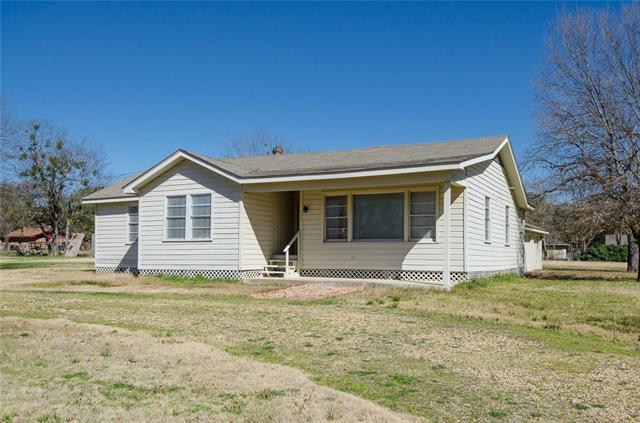 604 N Goodman Ave, Kerens, TX 75144