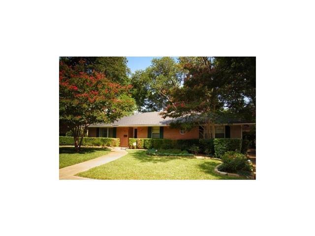 Rental Homes for Rent, ListingId:37133613, location: 2702 Ripplewood Drive Dallas 75228