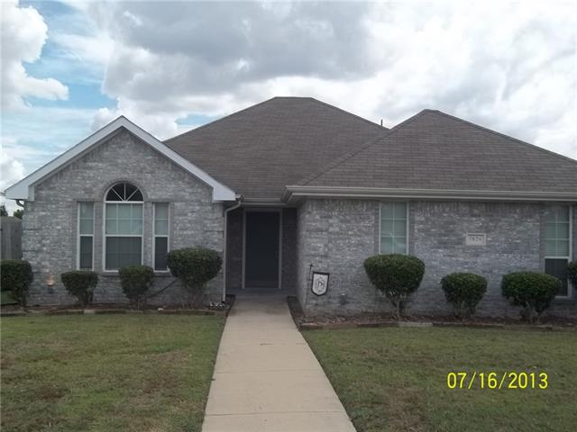 Rental Homes for Rent, ListingId:37158497, location: 5826 Cynthia Drive Midlothian 76065