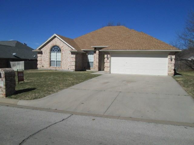 1704 Oakmeadow Dr, Decatur, TX 76234