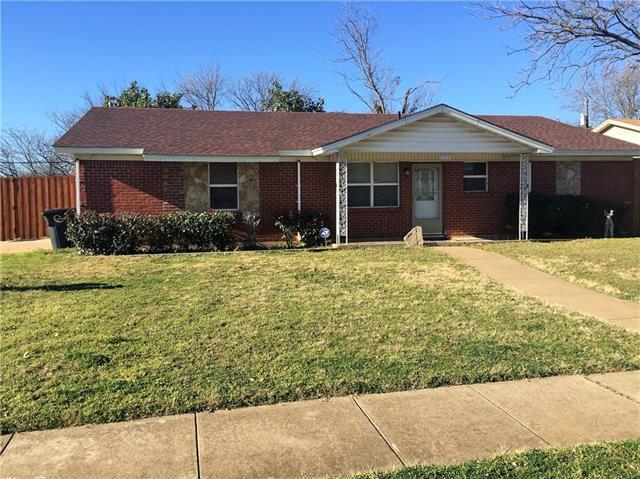 Rental Homes for Rent, ListingId:37203904, location: 1404 Phillips Street Cleburne 76033