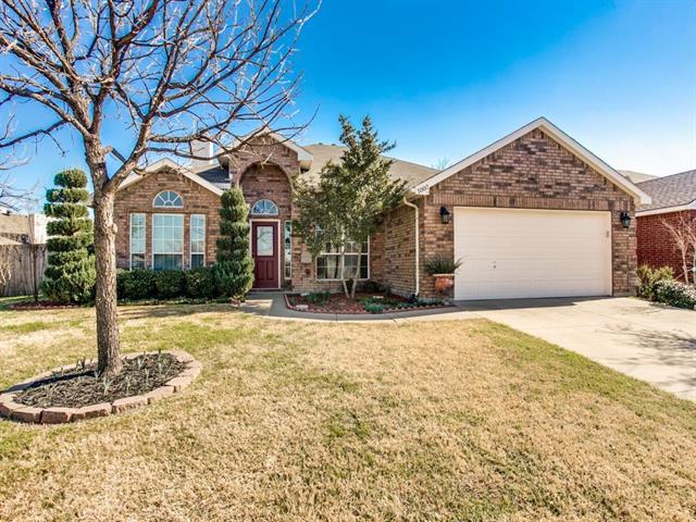 Rental Homes for Rent, ListingId:37200589, location: 1007 Tyler James Drive Burleson 76028