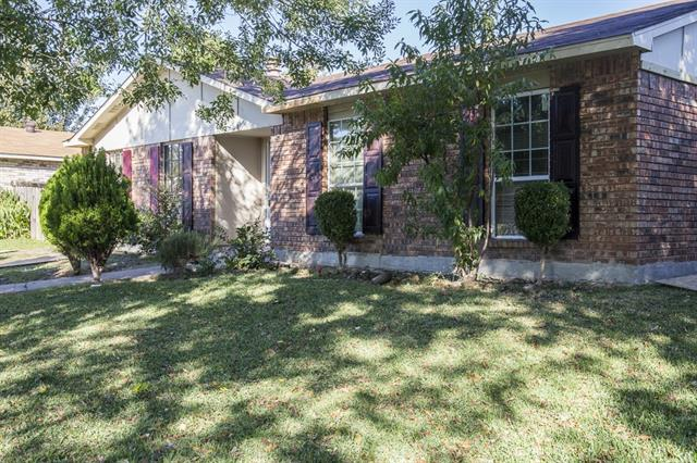 Rental Homes for Rent, ListingId:37240861, location: 11621 Kilkirk Lane Dallas 75228