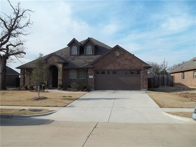 Photo of 1042 Chandler Street  Kennedale  TX