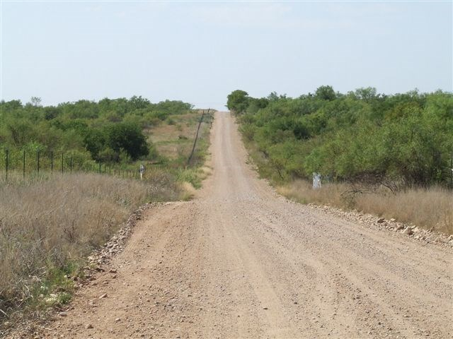 Photo of 100 Arkansas Road  Quanah  TX