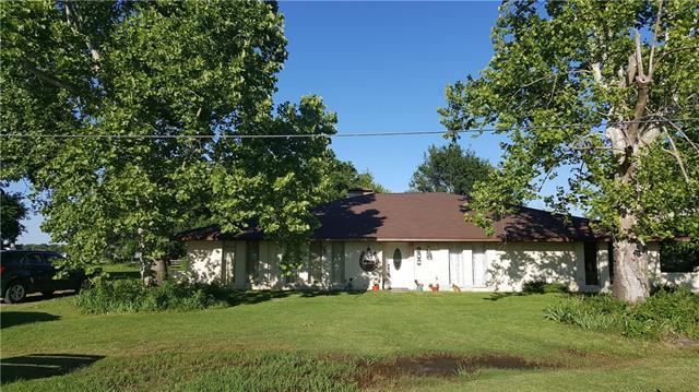 200 Carr St, Powell, TX 75153