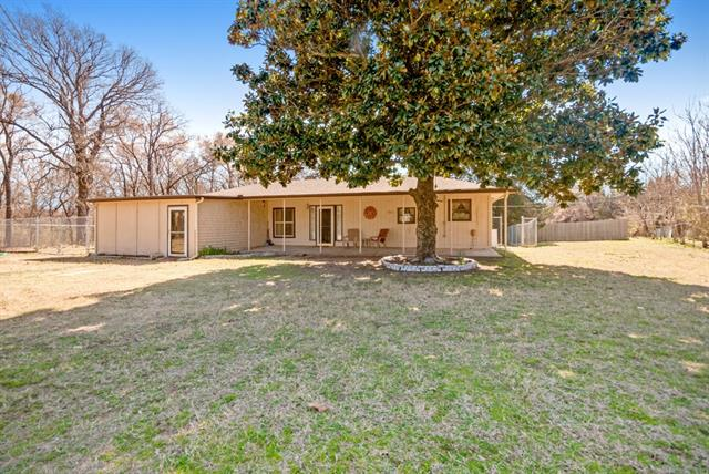 Photo of 355 OAK HILLS Road  Cartwright  OK