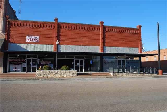127 E Elm St, Hillsboro, TX 76645