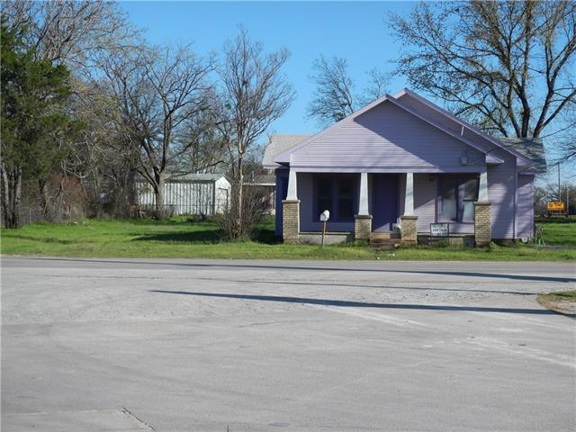 Photo of 306 E Sherman Street  Chico  TX