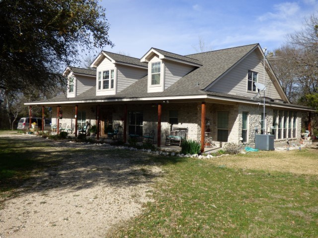 Photo of 1361 COUNTY ROAD 3150  Valley Mills  TX