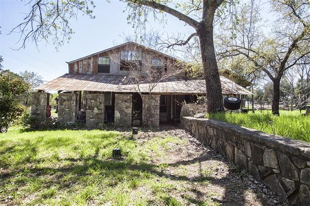 Photo of 2705 River Country Lane  Granbury  TX