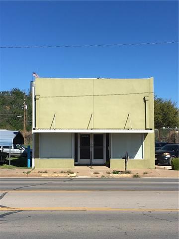 445 Elm St, Graham, TX 76450