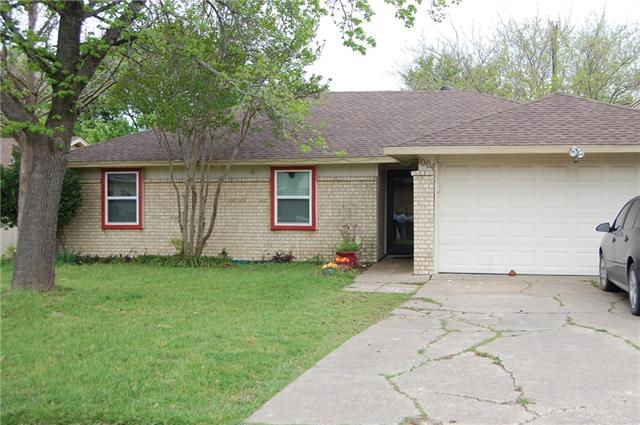 Photo of 1004 Phillips Drive  Ennis  TX