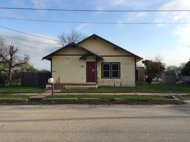 Photo of 511 Plum Street  Coleman  TX