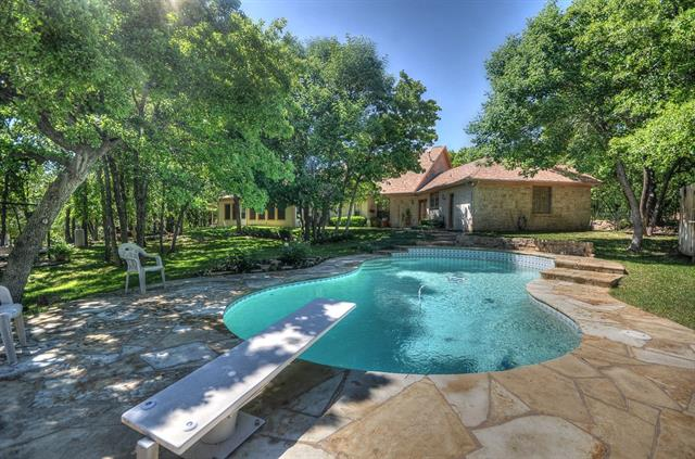 524 County Road 1749, Chico, TX 76431
